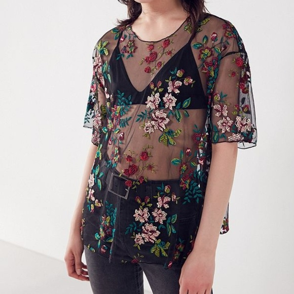a97f193ec1936 Kimchi Blue Alana Floral Embroidered Sheer Relaxed